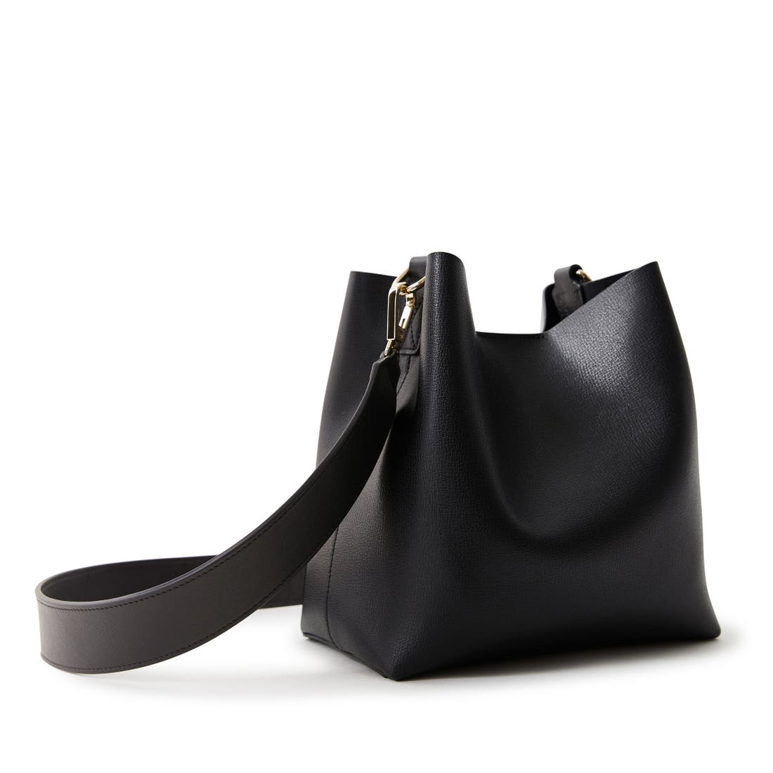 Elizabeth Small Crossbody Bucket Bag