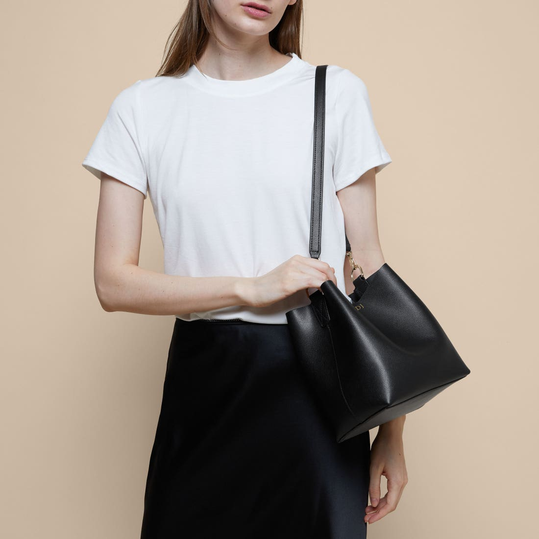 Elizabeth Small Shoulder Bucket Bag