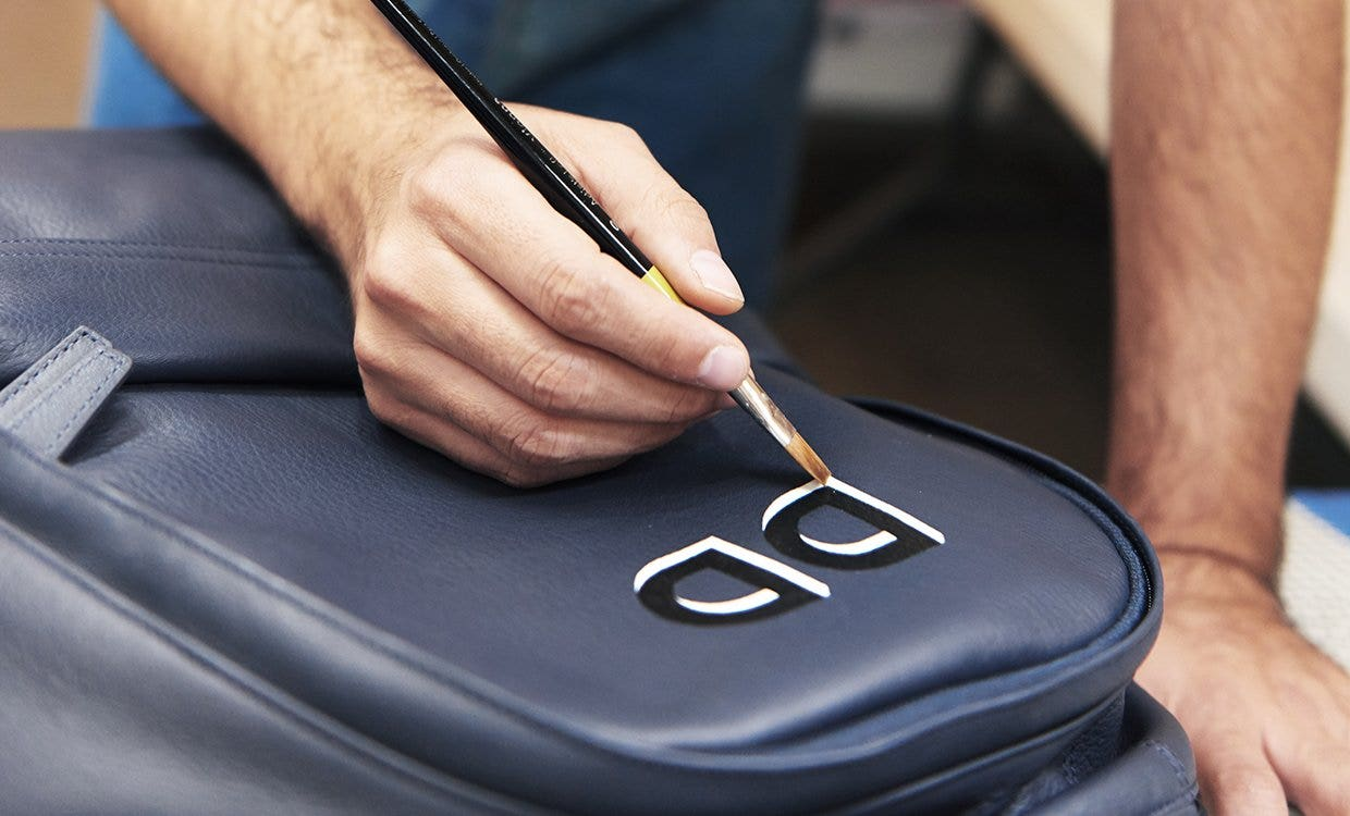 Guide to Leather Hand Painting Personalization | Leatherology